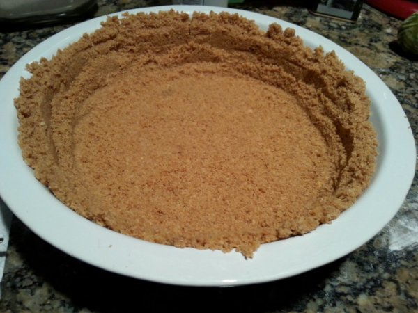 empty graham cracker crust