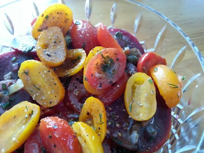 tomato and beet salad